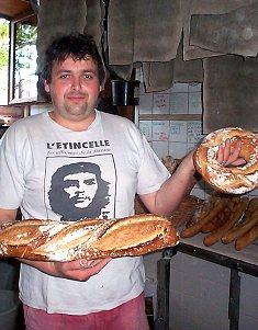 33. On ne peut pas confondre un pain artisanal et un pain industriel