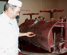 24. Le cacao est chauffé par en dessous