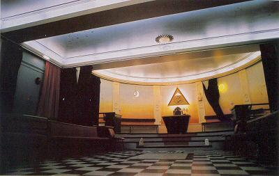Dans le temple des francs-maçons
